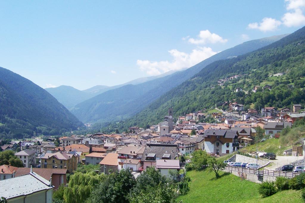 Panorama_-_Vezza_d'Oglio_(Foto_Luca_Giarelli)